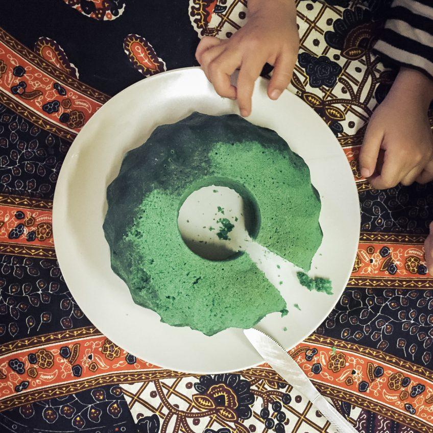 GREEN CAKE アフリカンケーキ